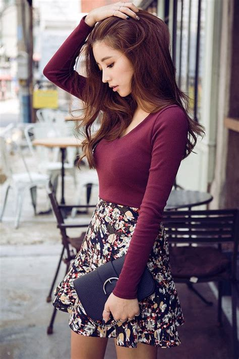 15 Ideas and Combination Of Skater Skirt Outfits