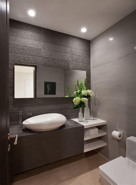 modern bathroom decorations  green plants