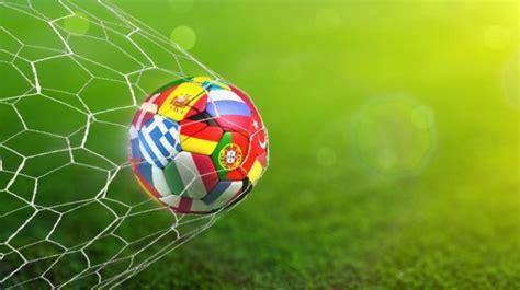 Em ticker, spielorte & streams. EM 2021 Spielplan: Gruppenphase und Finalspiele! Alle ...