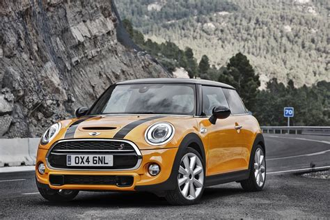 Mini Cooper Car :  One Of The Most Wanted Cars Of 2014
