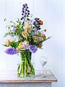 Bouquet De Printemps : recette de bouquet faites entrer le soleil avec les fleurs de printemps la joie des fleurs ~ Melissatoandfro.com Idées de Décoration