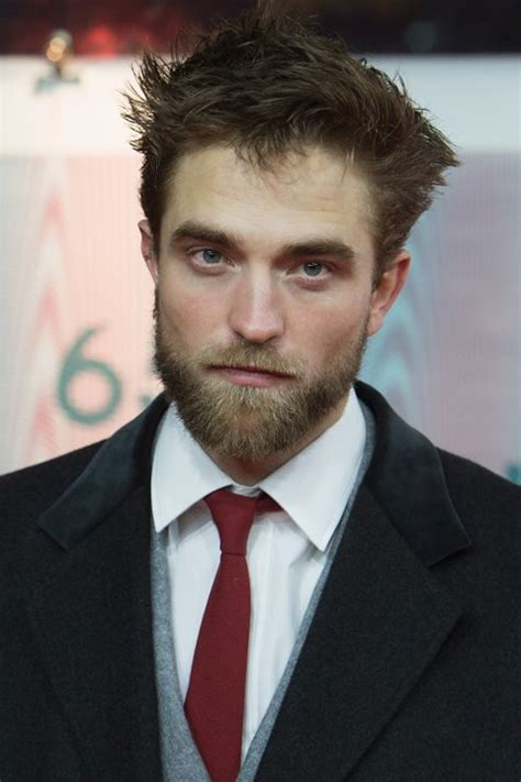 lets admire robert pattinsons thick  glorious beard mtv