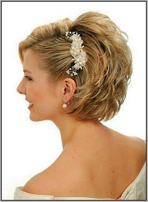 pics photoz women  hair mother   bride hairstyles  medium length hair hairstyles