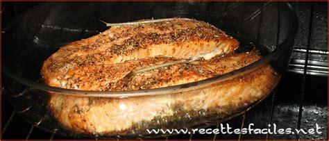 cuisiner du saumon au four recettes saumon frais au four