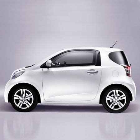 Smallest Toyota Car by Iq By Toyota Yes I Would Drive This In Town With Gas As