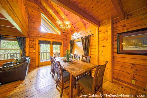 Bedroom Cabins In Gatlinburg by Gatlinburg Cabin The Grandview 3 Bedroom Sleeps 12