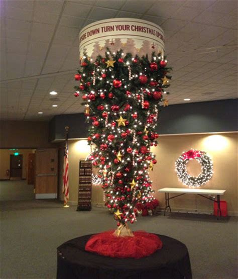 how to recycle cool upside down christmas trees