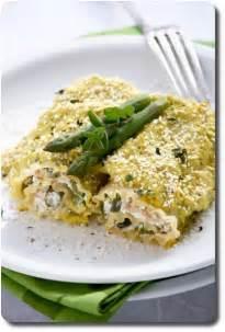 cannelloni aux asperges vertes ricotta jambon cru et safran savoirs et saveurs