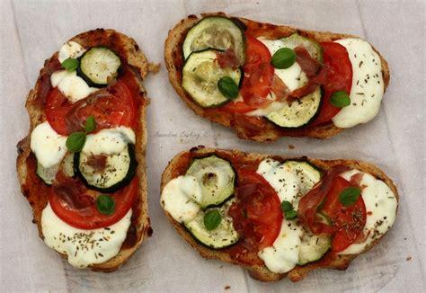 bruschettas aux saveurs italiennes recettes de cuisine
