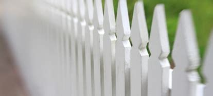fence paint calculator determining painting costs