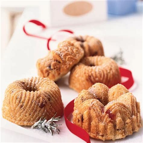 These mini cream cheese bundt cakes are the kind of recipe i turn to time and again when i need simple desserts for a crowd or when i'm putting together homemade gifts. Must-Have Mini Cake Recipes | MyRecipes