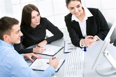 3 Tips For Aligning Your Sales And Marketing Teams