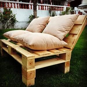 Fauteuil Jardin Bois : comment fabriquer un fauteuil en palette pour personnaliser son espace ~ Teatrodelosmanantiales.com Idées de Décoration
