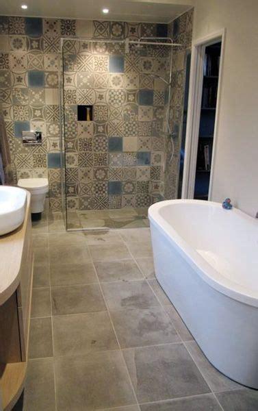 decoration carrelage salle de bain 1000 id 233 es sur le th 232 me carrelage de ciment sur tuile carrelage marocain et tuiles