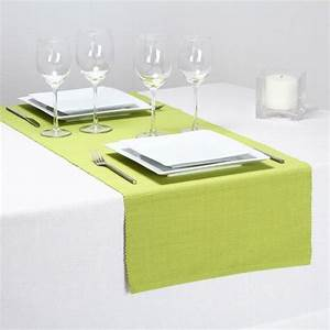 Chemin De Table Vert : chemin de table cotel vert anis chemin de table eminza ~ Teatrodelosmanantiales.com Idées de Décoration