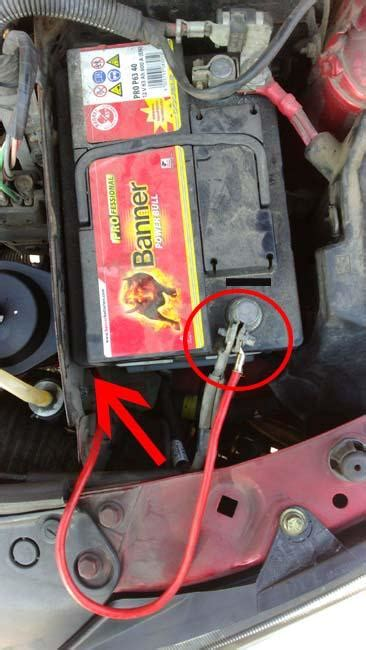 batterie clio  essence le monde de lauto