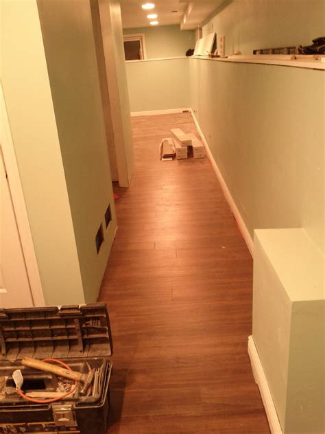 Laminate Flooring: Hallway Laminate Flooring Installation