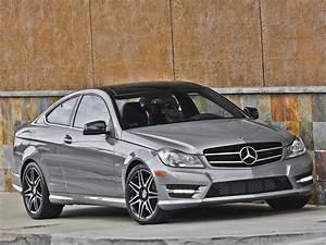 Mercedes Coupe C : mercedes benz c350 4matic review by autoguide autoevolution ~ Melissatoandfro.com Idées de Décoration