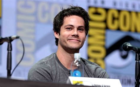 dylan o brien bumblebee transformers bumblebee bumblebee gets a voice