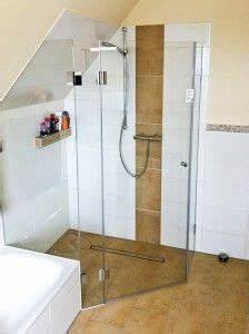 Bad Mit Dachschräge Dusche : ganzglasdusche in dachschr ge bad pinterest dachschr ge badezimmer und b der ~ Bigdaddyawards.com Haus und Dekorationen