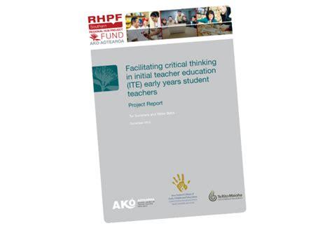 facilitating critical thinking  initial teacher