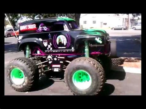 grave digger monster truck youtube mini monster truck grave digger youtube