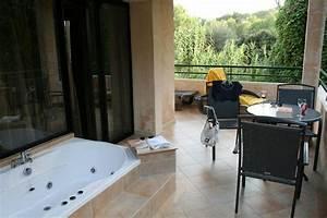 Mini Whirlpool Balkon : balkon mit whirlpool lago garden cala ratjada ~ Watch28wear.com Haus und Dekorationen