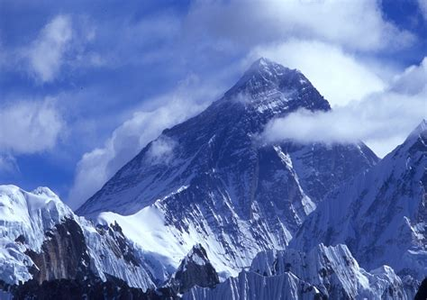 mount everest nepal interesting info 2012 2013 travel and tourism