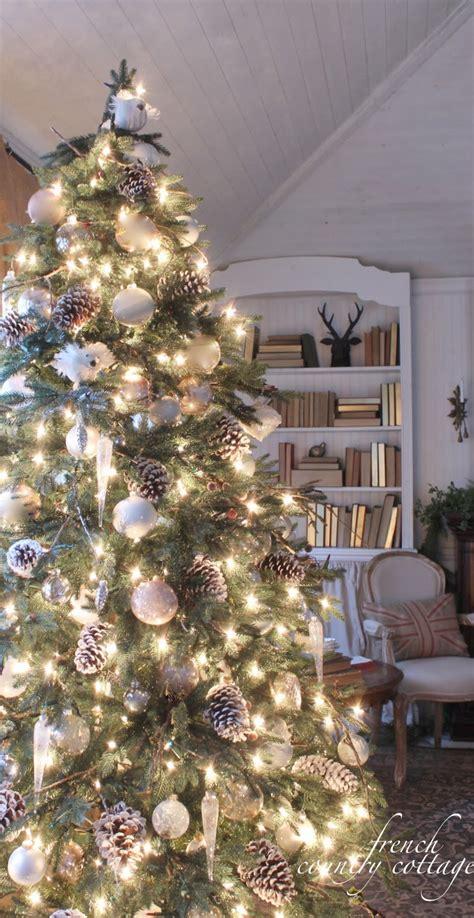 woodland cottage christmas tree decorating ideas