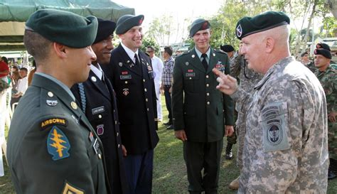 DVIDS - News - 4 American soldiers earn the Colombian ...