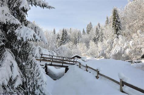 bureau photographe fonds d 39 écran neige en montagne photographies originales