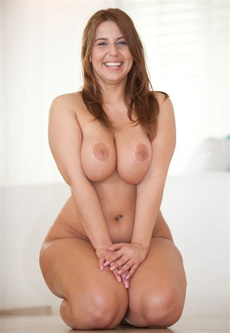 Solved Busty Thick Brunette Milf