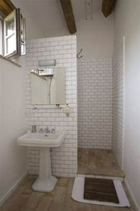 25 best ideas about simple bathroom on neutral small bathrooms bathrooms