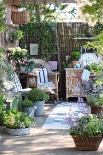 mediterrane einrichtungsideen ideen und tipps für die gestaltung der terrasse mit ländlichem flair