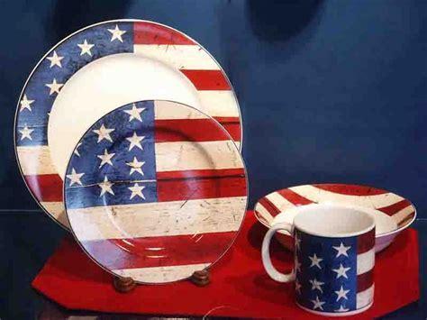 Patriotic American Flag Dishes   #Merica   Pinterest