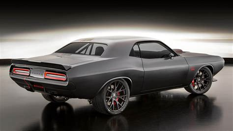 Dodge introduces Shakedown Challenger combining 1971 and