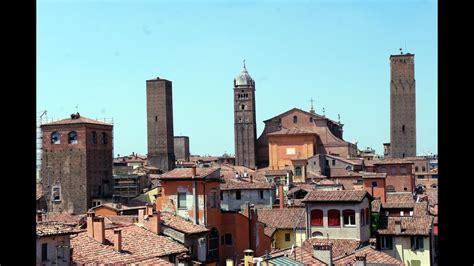 La situazione aggiornata in italia e nel mondo. Fotos de: Italia - Bolonia - YouTube