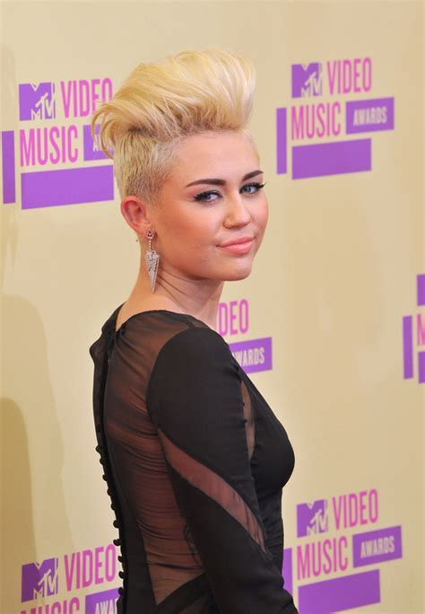 Miley Cyrus Diverse Short Hairstyles for Spring 2015