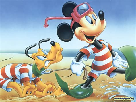 16 Amusing Mickey Mouse Wallpapers