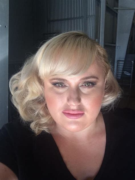 Rebel Wilson Best Makeup And Hair Looks (She Has Some Good ...