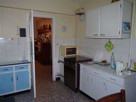 d 233 co cuisine en formica vintage ou viellotte cherche