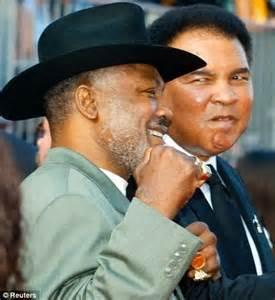 Muhammad Ali's heartfelt tribute to Joe Frazier: World's ...