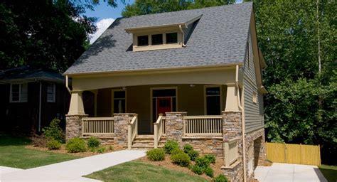 bungalow  drive  garage  architectural designs house plans