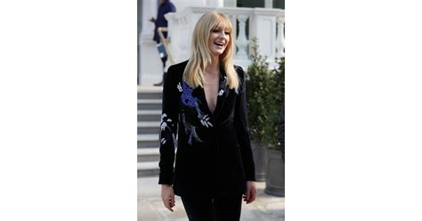 Sophie Turner Hair With Bangs May 2019 | POPSUGAR Beauty ...