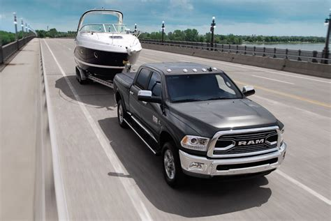 Tow Boat Gear by The Best Trucks To Tow Boats With By Torque Gear