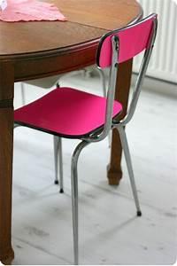 Relooker Des Chaises : relooker une chaise emilie sans chichi ~ Melissatoandfro.com Idées de Décoration