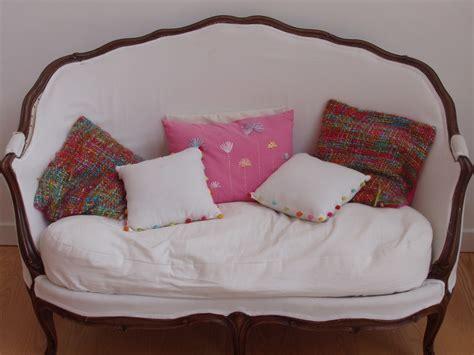 canapé chic canapé chic photo de mes meubles le petit vélo