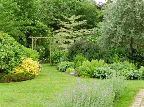 Images De Jardins by Jardin Les Fleurs Du Cassel Isigny Le Buat Manche Tourisme