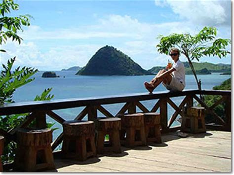 flores island pictures maps  information