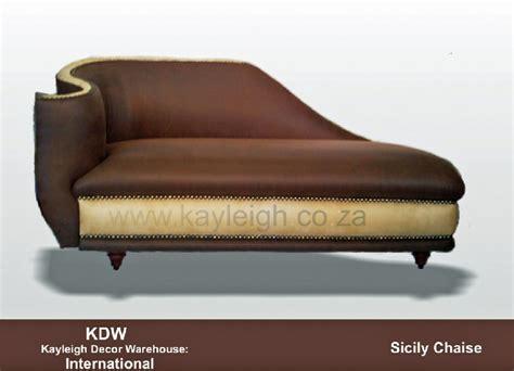 chaise com chaise scroll